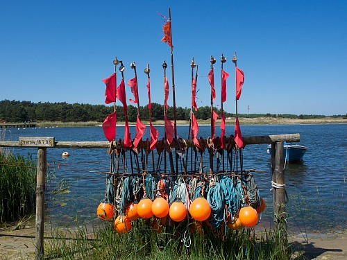 Prerow (Darsser Ort) Marker buoys for gillnets Cultural heritage / fishing traditions / fishing communities Michael Kruse